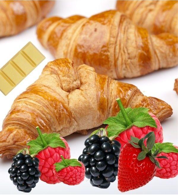 Das sind die Zutaten für den Croissant-Beeren-Auflauf